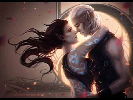 Фото Обнимающиеся мужчина и девушка эльфы, в окружении лепестков розы, by LAS-T
