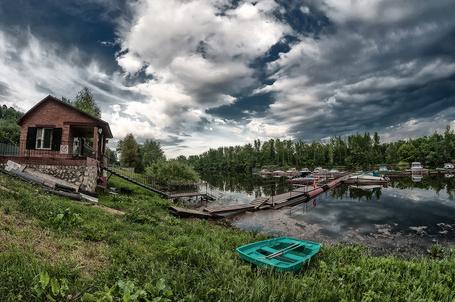 белые берега лодочная станция