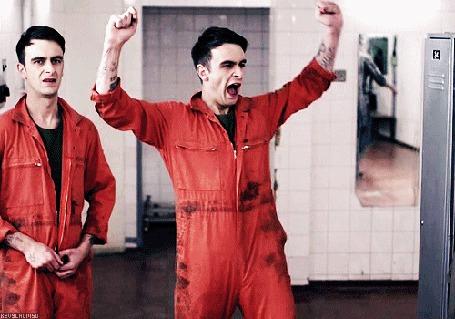 Фото Джозеф Уильям Гилган / Joseph William Gilgun играющий Руди Уэйд / Rudy Wade в сериале Misfits / Отбросы / Плохие / Неудачники