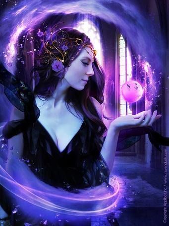 Фото Девушка с цветочной диадемой на голове смотрит на волшебный шар. Художник AlexandraVBach