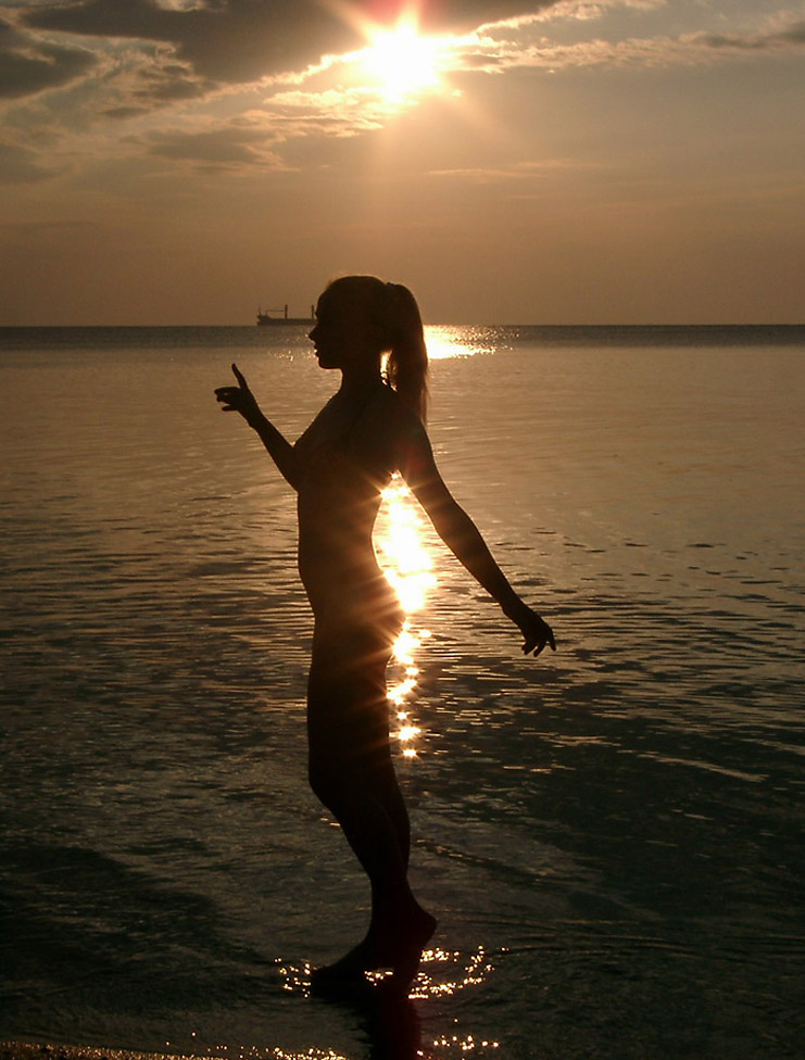 тебя, мам, женщины на пляже с солнцем ночью любительские фото велика вероятность