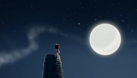 Фото Девочка стоит на фоне ночного неба с полной луной