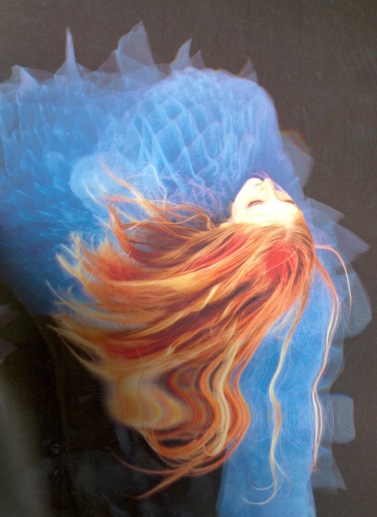 Привязанная верх ногами девушка к доске 10 фотография
