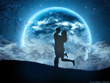 Фото Влюбленные на фоне полной луны, by k-i-mm-i-e