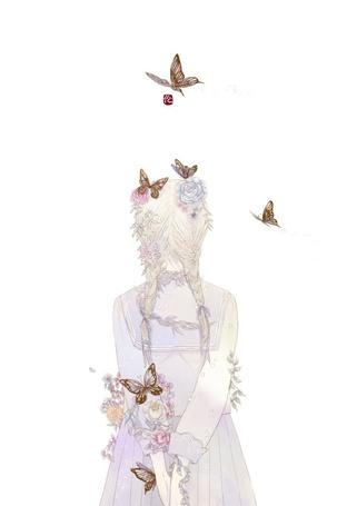 Фото Девушка с цветами в волосах и бабочки вокруг нее