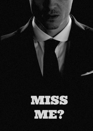 Фото Актер Эндрю Скотт / Andrew Scott в роли Джима Мориарти из телесериала Шерлок / Sherlock (Miss me / Скучаешь по мне?)