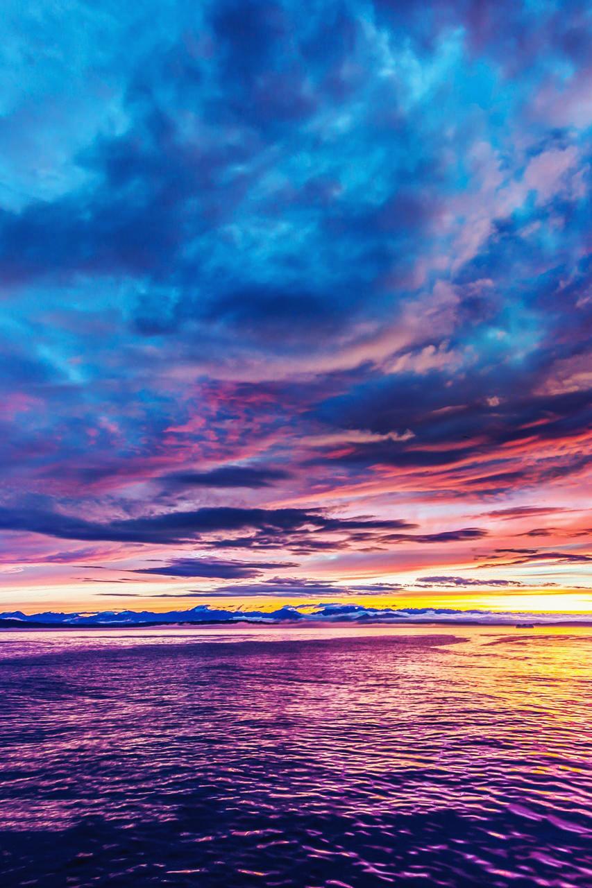 разноцветные облака картинка встречу царём