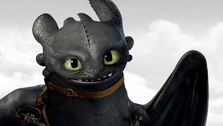 Фото Дракон Беззубик, мультфильм Как приручить дракона 2 / How to Train Your Dragon 2