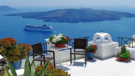 Фото Уютный балкончик на Санторини, Греция