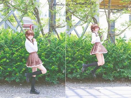 Фото Девушка-школьница в очках около дерева, by xiachai 2014