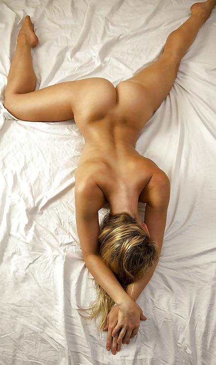 девушки голые с сзади-фб1