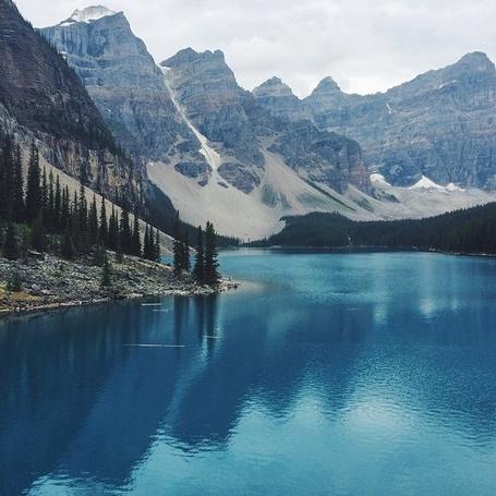 Фото Озеро в окружении елей и гор, by Young Mee Rim (© PolinaPolina), добавлено: 09.09.2014 16:01