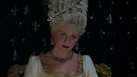 Фото Кадр из фильма Мария-Антуанетта / Marie Antoinette, в главной роли Кирстен Данст / Kirsten Dunst