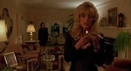 Фото Кадр из фильма Твин Пикс: Сквозь огонь / Twin Peaks: Fire Walk with Me, в роли Лоры Палмер / Laura Palmer Шерил Ли / Sheryl Lee