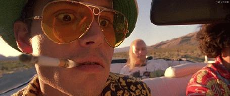 Фото Кадр из фильма Страх и ненависть в Лас-Вегасе / Fear and Loathing in Las Vegas, на переднем плане Джонни Депп / Johnny Depp