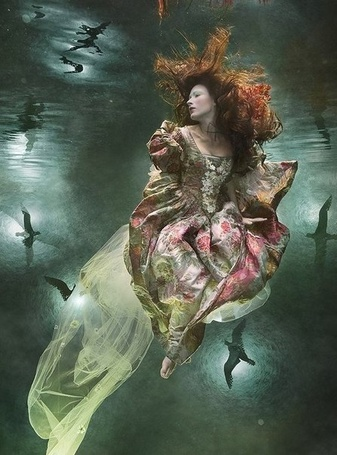 Фото Подводная фотография девушки, автор Zena Holloway
