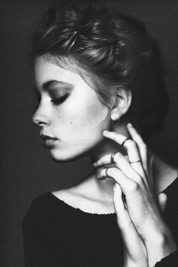 Черно белые фотографии девушек