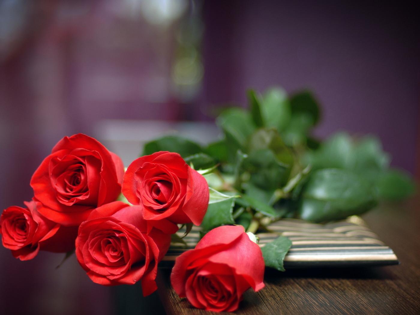 7 идей, что подарить жене на День рождения
