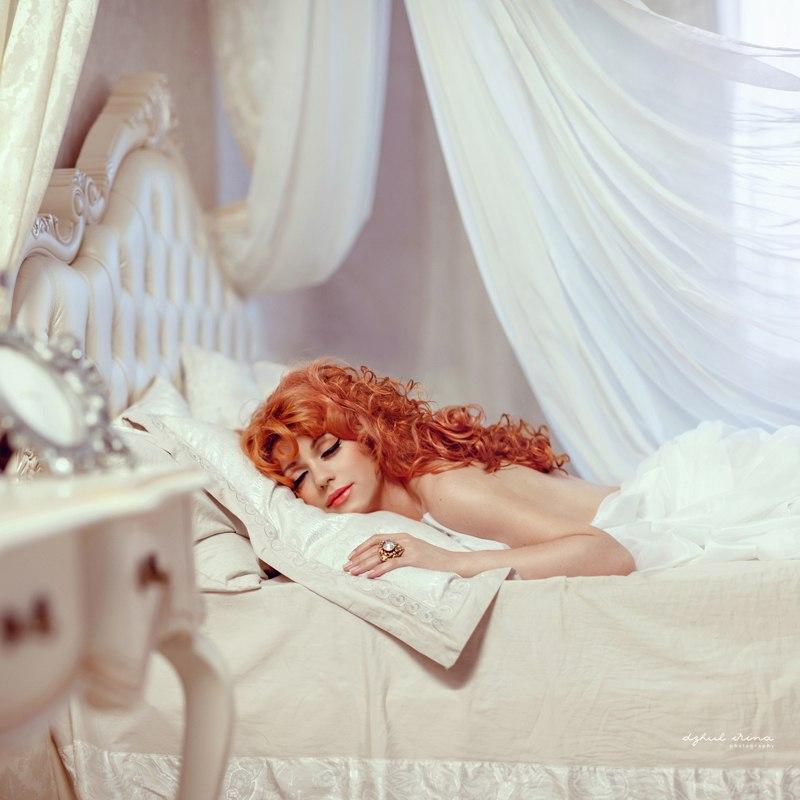 Интерпретация фильма спящая красавица с рыжей девушкой в гл ролях #14