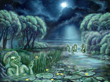 Фото На реке в полнолуние русалки танцуют в хороводе, а водяной мечтает, скрывшись за камышами и кувшинками