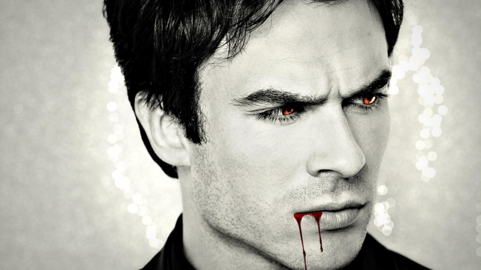 Фото Американский актер Ян Сомерхолдер / Ian Somerhalder с кровью на губах