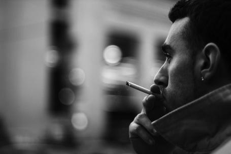 Фото мужчин с сигаретой на аву в 24