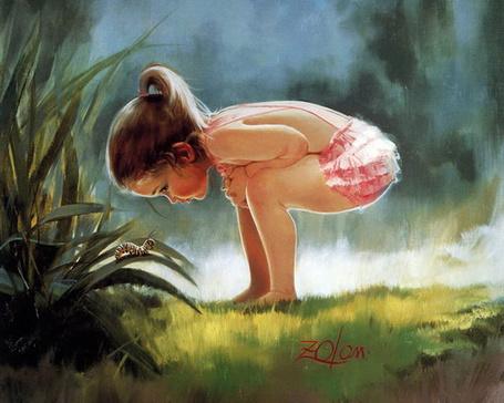 Фото Девочка нагнувшись рассматривает гусеницу, которая ползет по листику. Художник Donald Zolan