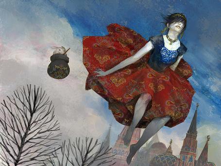 Фото Девушка парит в воздухе на фоне облачного неба