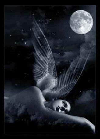 Фото Девушка -ангел на фоне ночного неба