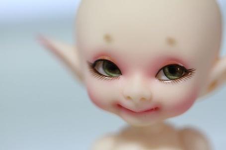 Фото Маленький эльф улыбается