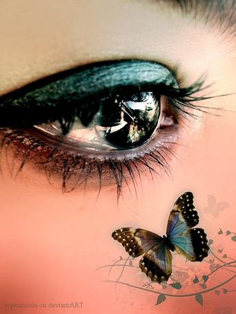 Фото На лице зеленоглазой девушки бабочка, by erykucciola
