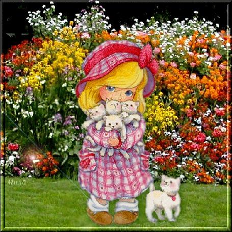 Фото Девочка держит на руках маленьких котят, автор Мила