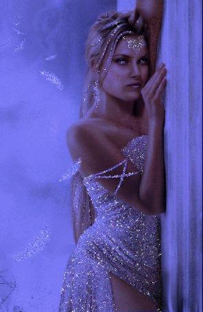 Фото Девушка в блестящем платье