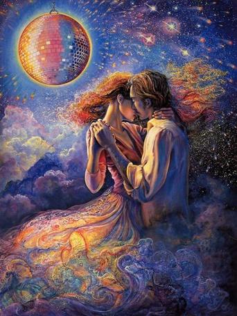 Фото Влюбленная пара танцует в облаках, над ними крутится блестящий шар