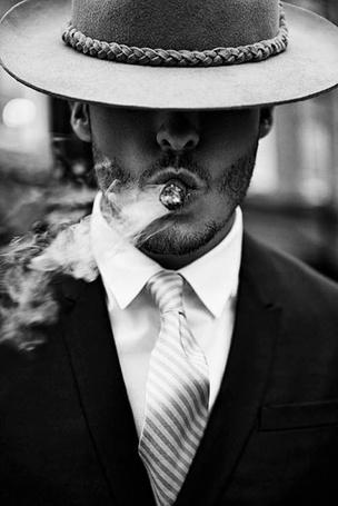 Фото мужчин с сигаретой на аву в 29