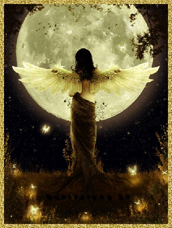 Фото Девушка- ангел стоящая у луны