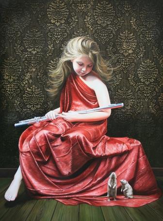 Фото Девочка в красном платье держит в руках флейту, рядом сидят две мыши