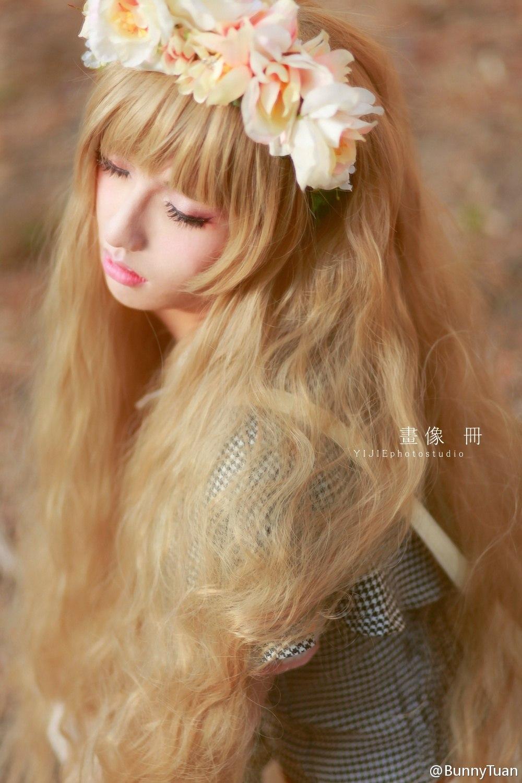 Фото девушка с длинными светлыми