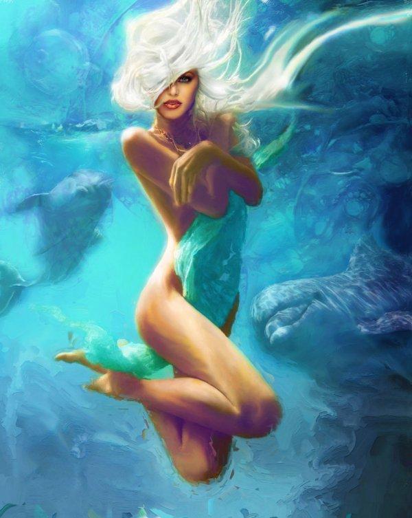 Обнажённая девушка плавает фото 383-629