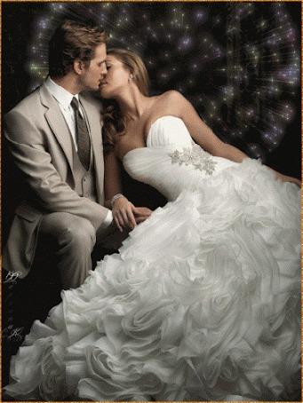 Фото Влюбленная пара в поцелуе