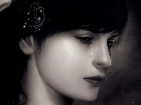 Фото Черноволосая плачущая девушка