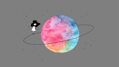 Фото Девочка гуляет по ореолу планеты