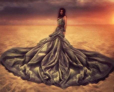 Фото Девушка среди пустыни