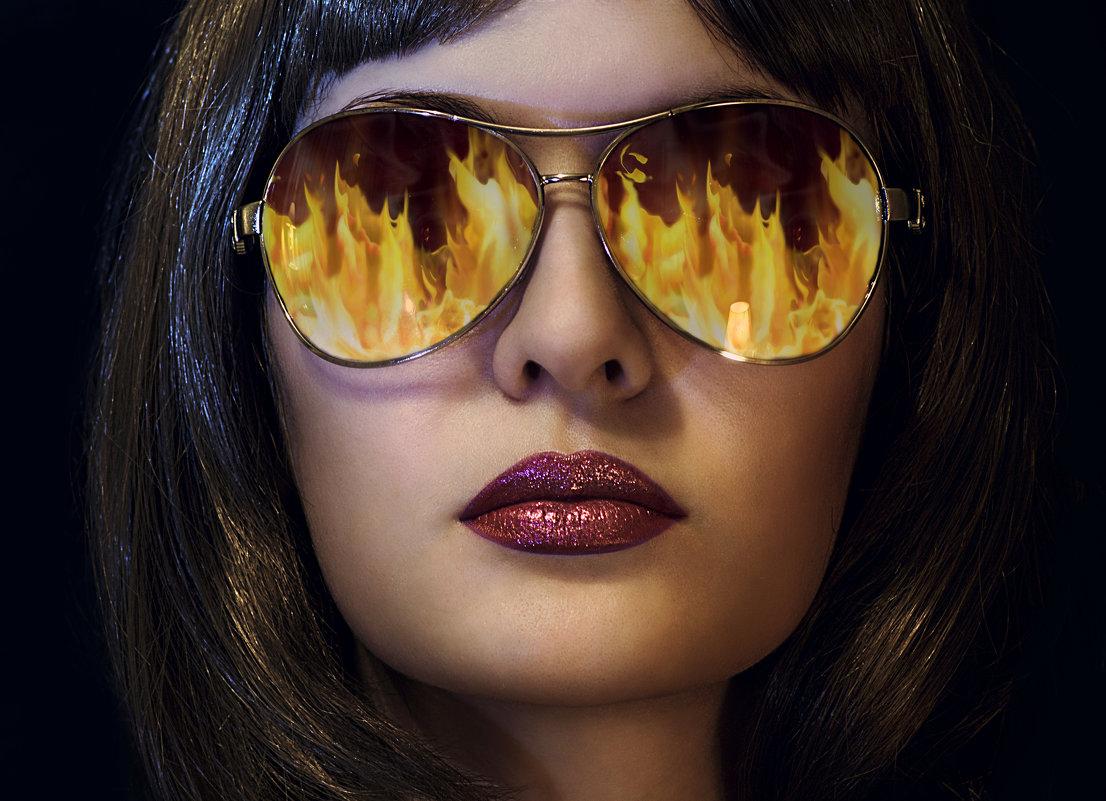 программа картинки огонь в очках схода