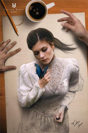 Фото Девушка в белом платье с синей бабочкой на руке, нарисованная на листе бумаги, рядом видны руки художника, карандаш и чашка с налитым в ней кофе, работа бразильского фотохудожника Tullius Heuer