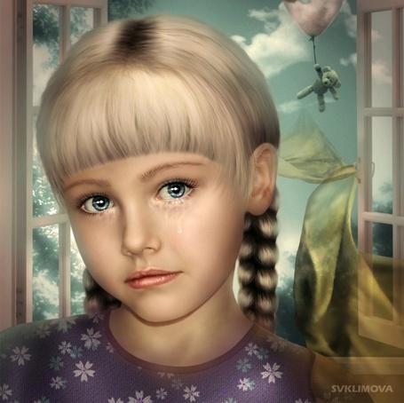 Фото У светловолосой девочки с толстыми косами, стоящей напротив окна, за которым улетает на воздушном шаре ее любимый плюшевый мишка, стекают слезы с голубых глаз, автор Светлана Климова