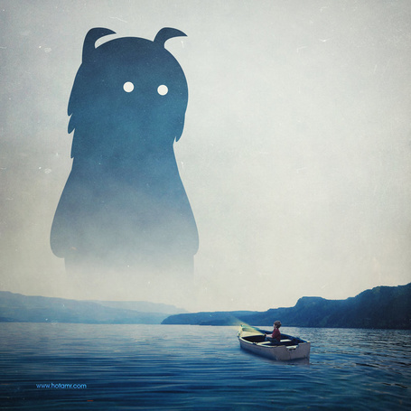 Фото Мальчик на лодке и чудовище, автор Hotamr