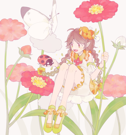 Фото Девушка сидит на цветке в окружении насекомых