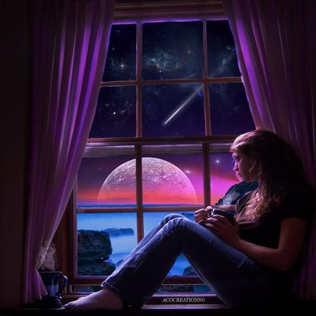 Фото Задумчивая девушка, держащая в руках чашку с дымящимся кофе, сидящая на подоконнике дома, расположенного на скалистом берегу моря на фоне ночного, звездного неба, падающей кометы, восходящей Красной планеты Солнечной системы, автор ACOCreations