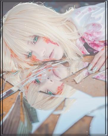 Фото Косплей Сайбер / Saber из аниме Fate / stay night / Судьба: Ночь Схватки в крови